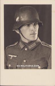 Heer Soldier's Portrait (M18 helmet)