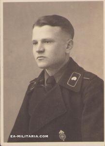 Panzer Soldier Portrait (HJ Leistungabz.)