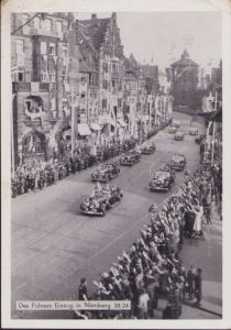 'Des Führers Einzug in Nürnberg' Postcard (1938)