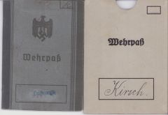 Luftgau Nachr.Rgt.13 Wehrpass + Sleeve (2 extra docs)