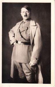 Adolf Hitler photo-Hoffmann Postcard