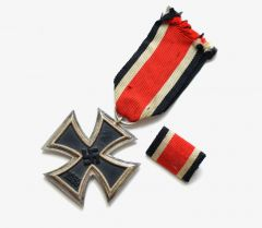 Iron Cross 2nd Class with Bandspange