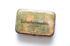German Period 'Sicherheitsnadeln'