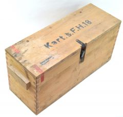 10,5cm 'Schwere Feldhaubitze 18' Ammo Box