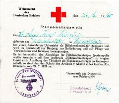 Wehrmacht Hilfskrankenträger Personalausweis (1945)