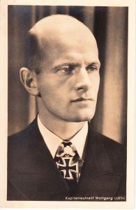 Ritterkreuzträger Postcard of Kapitanleutnant Wolgang Lueth