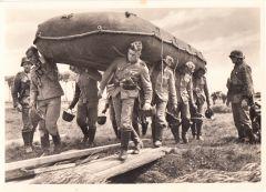 Waffen-ss ''Mit dem Floszsack zum fluss'' Postcard